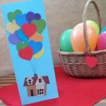 Поздравительная открытка с разноцветными шарами своими руками