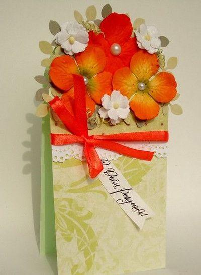 открытка с цветами и бантом