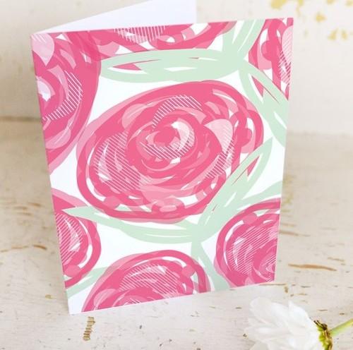 Шаблон для печати простой открытки с нарисованными цветами