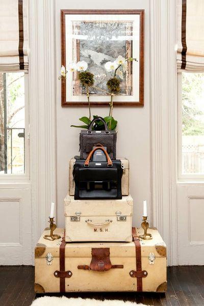 Vintage-Suitcases-interior-42