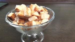 Рецепт сухариков — домашние сухарики на сковороде за 3 минуты