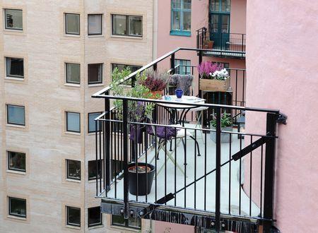 kak-obustroit-balkon-12