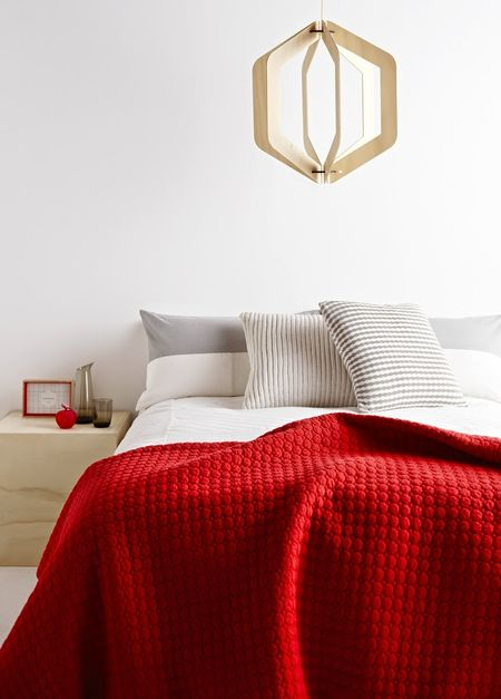 red-interiors-accents-1