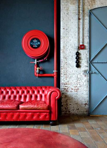 red-interiors-accents-14