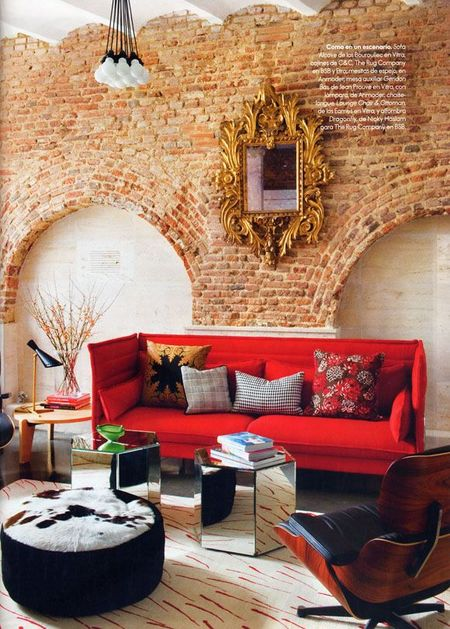 red-interiors-accents-22