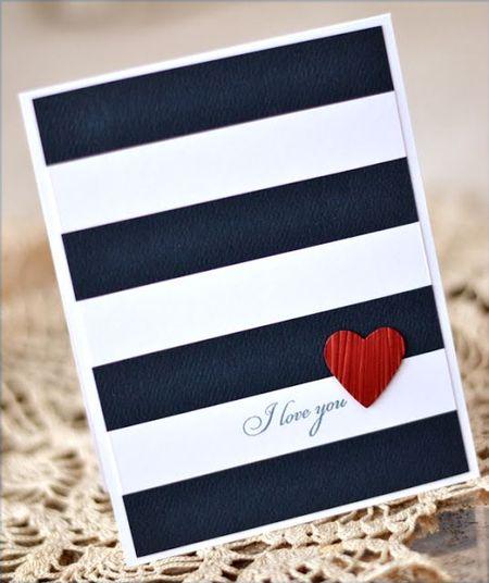 открытка с синими и белыми линиями