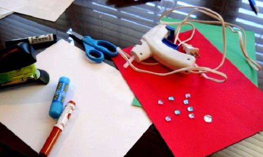 необходимые материалы для рождественской открытки