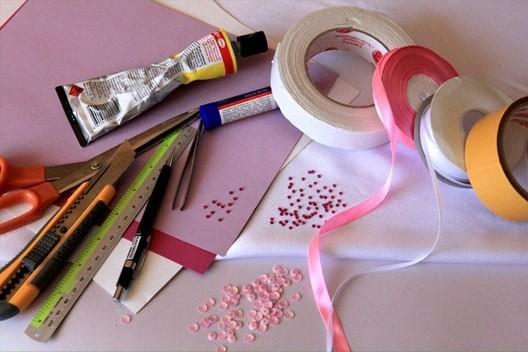 Необходимые материалы и инструменты для Валентинки своими руками