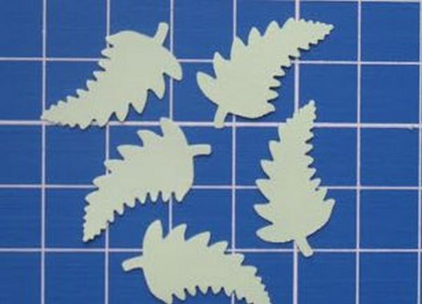 Листочки с прожилками своими руками