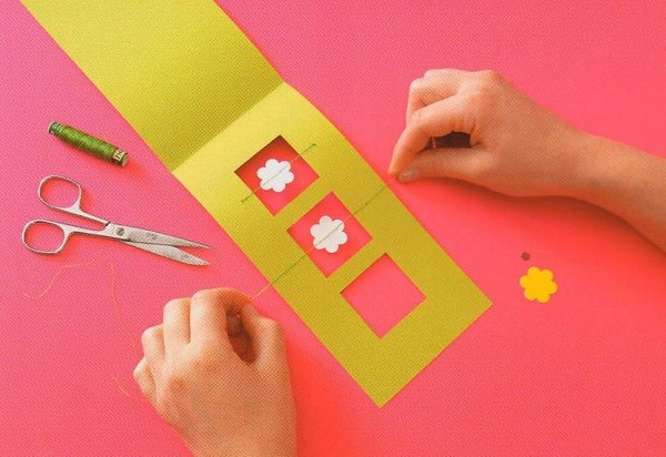 Поздравительная открытка с цветочками