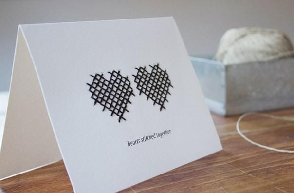 Простая открытка с вышивкой на день святого Валентина
