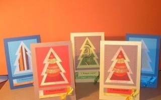 Простые открытки на новый год с елкой и бантиком своими руками