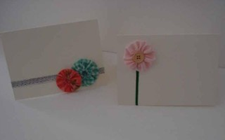 Открытка к 8 Марта с тесьмой и цветочками