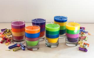 Как сделать разноцветные свечи своими руками