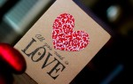 Открытка на День влюбленных с сердечком и вышивкой своими руками