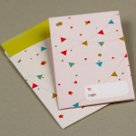 Шаблон конверта с разноцветными фигурами своими руками