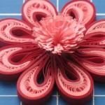 Оригинальный цветок из бумаги для открыток и валентинок своими руками