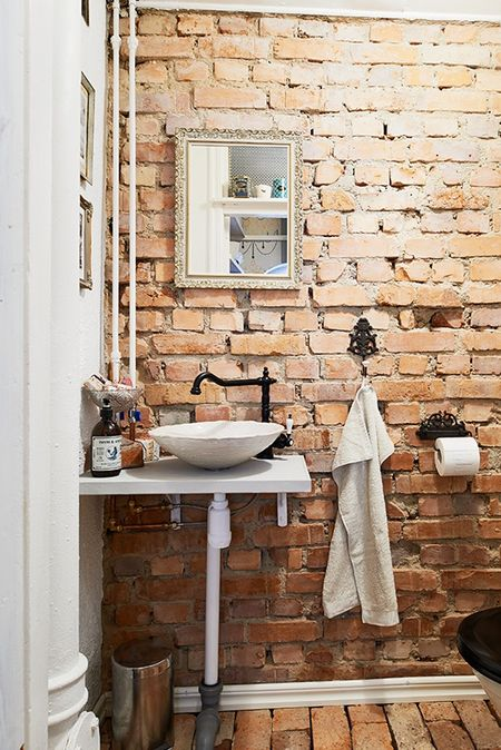 bathroom-brick-21