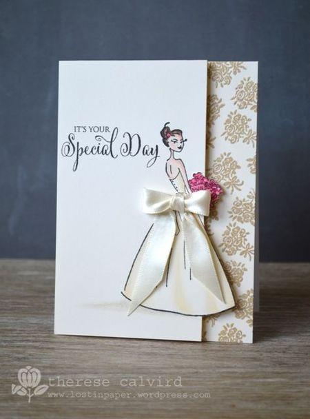 на изображении фото с образом невесты на свадебной открытке