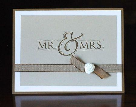 на фото свадебная открытка в стиле минимализма